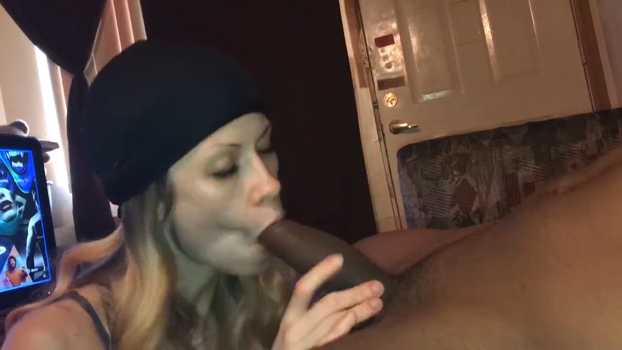 Car Blowjob Swallow Amateur